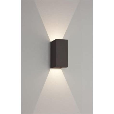 astro 7061 oslo 160 2 light led wall light ip65 black