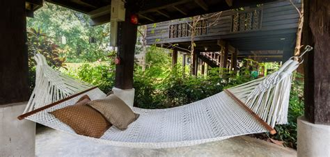Hammock As A Bed by Hammock Sleeping 7 Reasons You Should Ditch Your Bed For