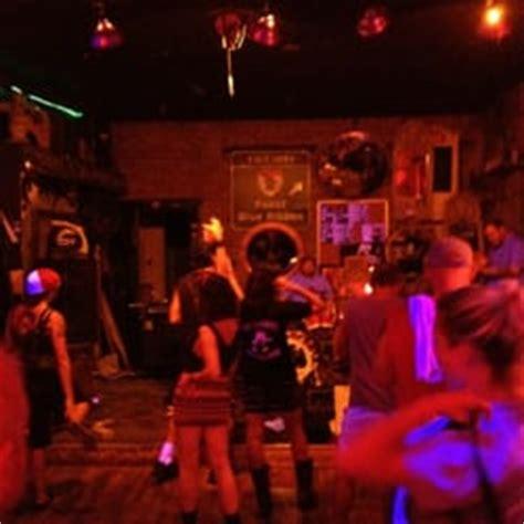 the green lantern bar the green lantern bar 12 photos 11 reviews bars