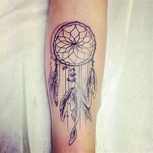 Tatouage Attrape Reve Homme : tatouage plume indienne bras ~ Melissatoandfro.com Idées de Décoration