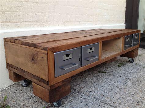 fabriquer meuble tele avec palettes comment construire un meuble tv avec des palettes la r 233 ponse est sur admicile fr