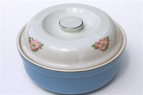 vintage halls parade quality kitchenware vintage parade covered mixing bowl casserole dish