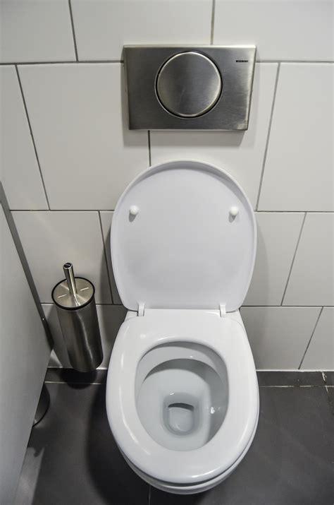 comment d 233 boucher des toilettes bouch 233 es