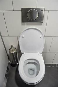 Comment Déboucher Les Wc : comment d boucher des toilettes bouch es ~ Dailycaller-alerts.com Idées de Décoration