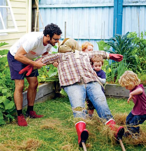 Diy Scarecrow Ideas For Fall  House Of Hawthornes