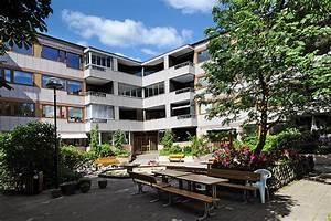 Bright And Cozy Apartment in Gothenburg Featuring Unique ...