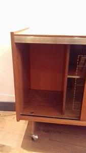 Petit Meuble Vitrine : meuble vitrine luckyfind ~ Melissatoandfro.com Idées de Décoration