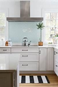 Glasrückwand Küche Beleuchtet : die besten 17 ideen zu glasr ckwand k che auf pinterest glasr ckwand k chenr ckwand glas und ~ Markanthonyermac.com Haus und Dekorationen