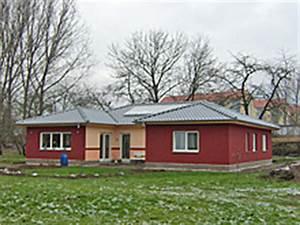 Bungalow Mit Atrium : atrium dreiseitig bungalow einfamilienhaus neubau massivbau stein auf stein ~ Frokenaadalensverden.com Haus und Dekorationen