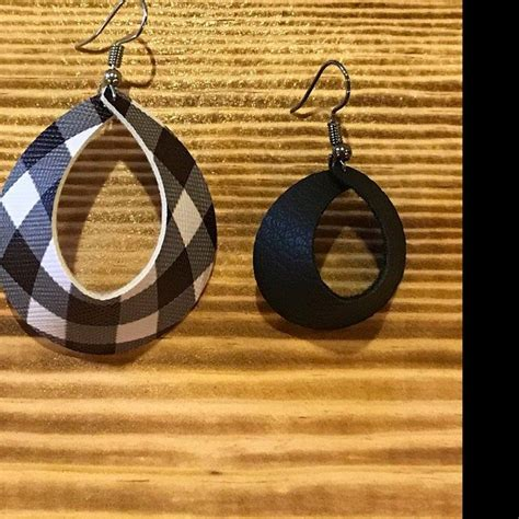 These svg cut files are great for use with silhouette cameo & cricut. Layered Earrings SVG - Templates to Make Leather Jewelry ...