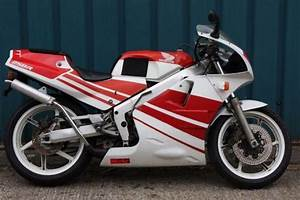 1989 Honda Nsr 250 Mc18 White  Red Fresh From Japan  Only  U00a3