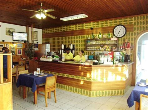 This is the first cambodian branded coffee located in siem reap that provided their customers the experiences to. Restaurant | Restaurant, Shop decoration, Coffee shop