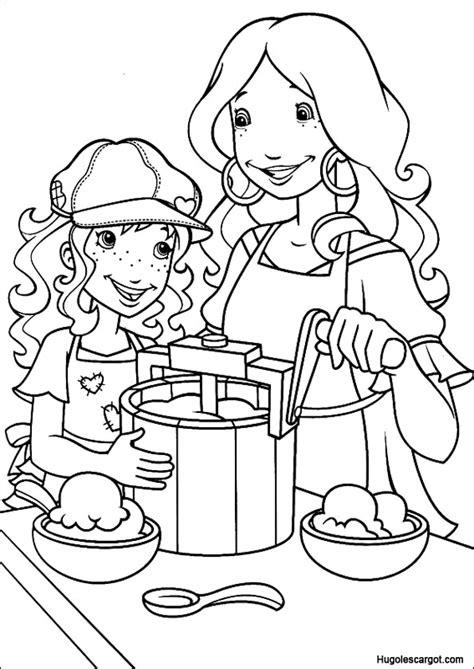 jeux de la cuisine de maman coloriage hobbie maman cuisine sur hugolescargot com