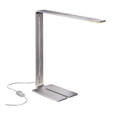 eclairage de bureau le led de bureau au design moderne un luminaire d
