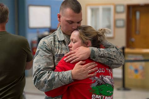 miserable military spouse wins militarycom