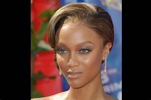 The gallery for --> Celebrities With Low Cheekbones