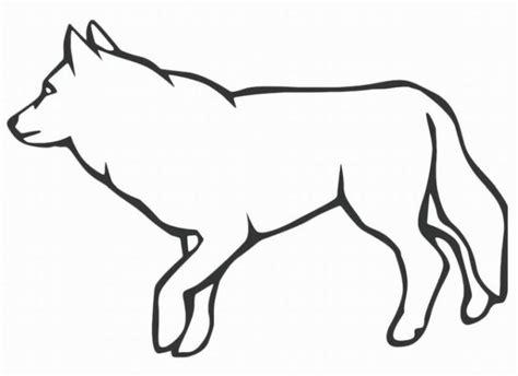 Auf den seiten sind bilder mit wolfsjungen und erwachsenen tieren. Ausmalbilder Wolf Malvorlagen ausdrucken 4