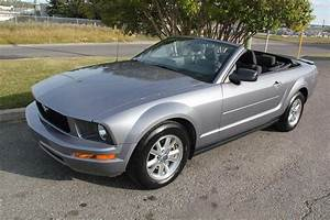 2007 Ford Mustang Convertible – V6 – Auto - Envision Auto