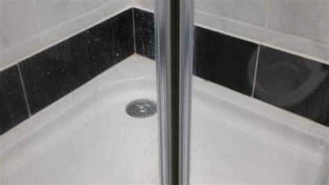 fenster kalk entfernen kalk an glas duschkabinen entfernen mit nassschleifpapier frag mutti