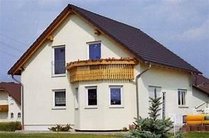 Was Ist Ein Erker : individuell geplant einfamilienhaus mit erker und balkon ~ Frokenaadalensverden.com Haus und Dekorationen