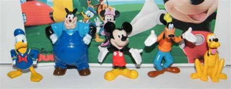 Mickey Mouse Clubhouse Deluxe Mini Figure and Toy Set of