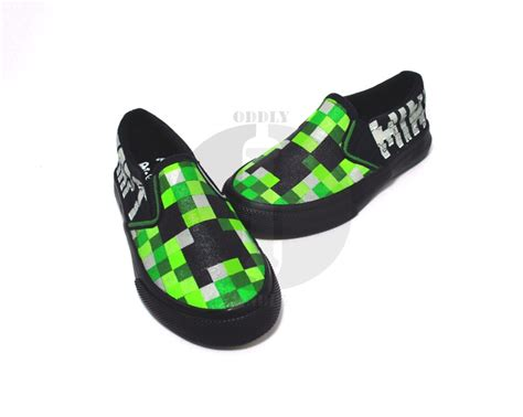 Minecraft / Creeper Kids / Children Hand-painted Slip Ons