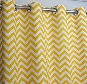 Rideau Jaune Et Blanc : jaune blanc zig zag chevron rideaux illet 84 96 108 ou 120 long de 25 ou 50 wide blackout ~ Teatrodelosmanantiales.com Idées de Décoration