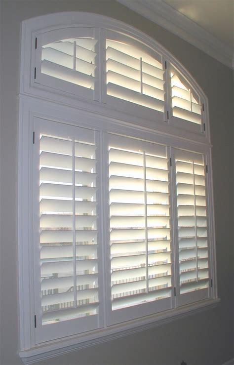 stanfield shutter    clean plantation shutters