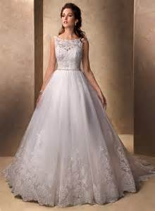 brautkleid prinzessin classic princess gown bateau neckline tulle lace wedding dress with buttons