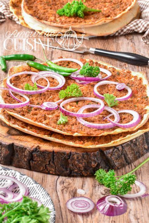 cuisine de turquie lahmacun la recette authentique de la pizza turque amour de cuisine