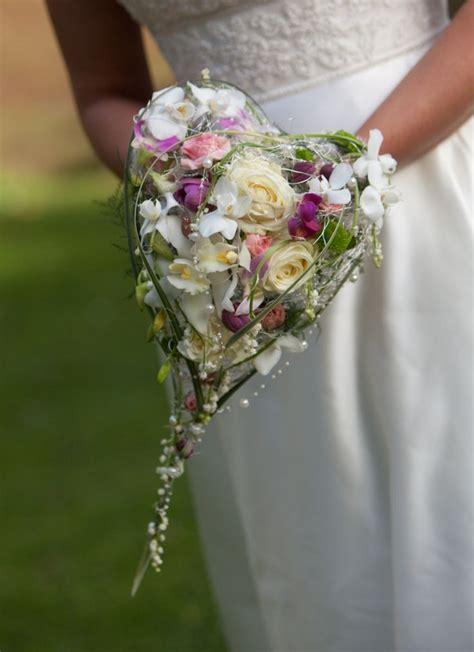 36 Best Images About Heart Shaped Bouquet On Pinterest