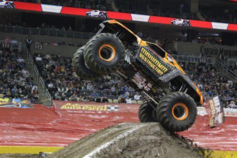 monster truck jam pittsburgh pittsburgh pennslyvania monster jam february 18 2012