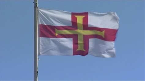 Guernsey flags flown to commemorate Battle of Hastings ...