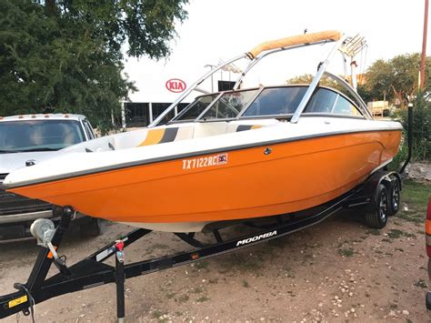 Moomba Mobius XLV 2004 for sale for $18,000 - Boats-from ...