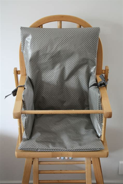 coussin chaise haute bois coussin chaise haute