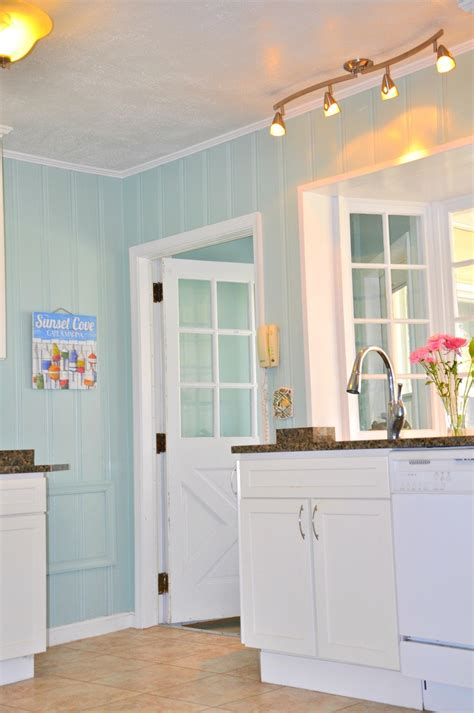 Kitchen Paneling Ideas by 8 Best Painting Wood Paneling Home Projects Images On