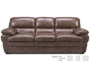 chesapeake davenport 100 leather sofa
