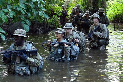 ghana army jungle warfare soldiers participate africa trains bestnewsgh staff brandon