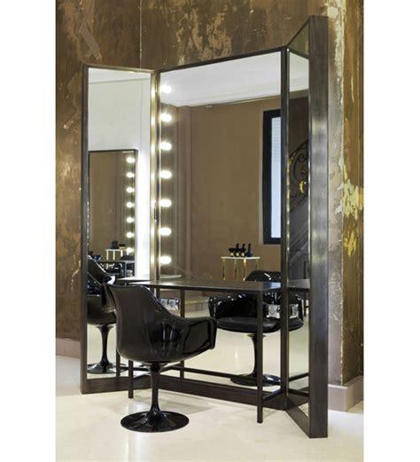 la maison des coiffeurs les 25 meilleures id 233 es concernant salon de coiffure d 233 cor sur conception salon de