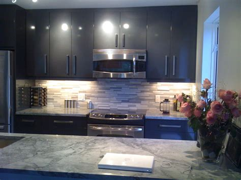 Grey Kitchen With Granite Coutertop. Food Ideas For Weddings. Bathroom Decorating Ideas Pink Tile. Room Ideas Boy. Kitchen Design Paramus Nj. Modern Kitchen Ideas With Island. Xmas Porch Ideas. Lunch Ideas List. Fireplace Ideas Homebase