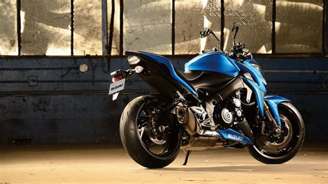 suzuki gsx  wallpaper hd