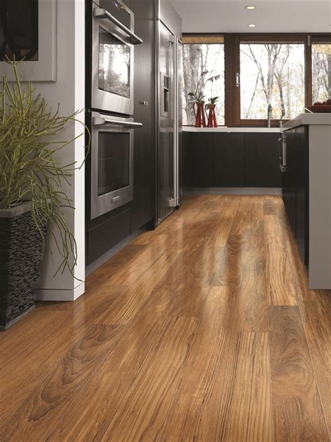 laminate for kitchen floors shaw laminate radiant luster ii caspian 6763