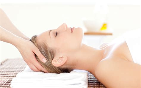 Ancient Therapy Still Popular Today Indian Head Massage Total Wellness Club