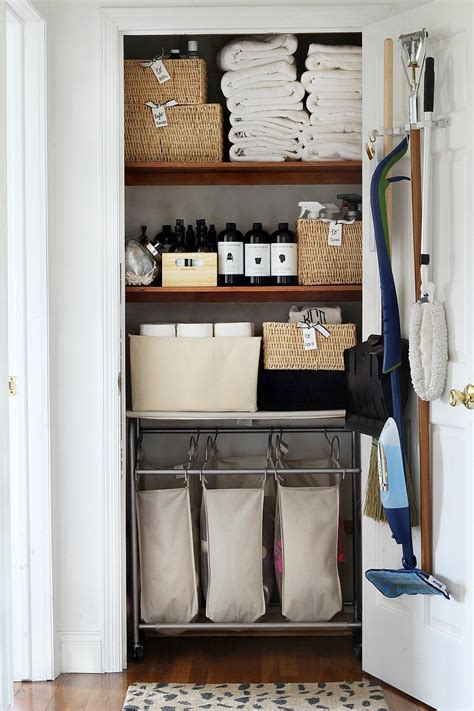 The Linen Closet by 20 Beautifully Organized Linen Closets The Happy Housie