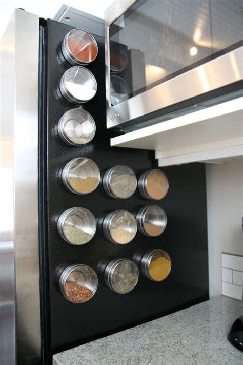 Refrigerator Spice Rack by House Tweaking