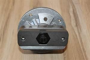Deck Blade Spindle Fits John Deere L100 L105