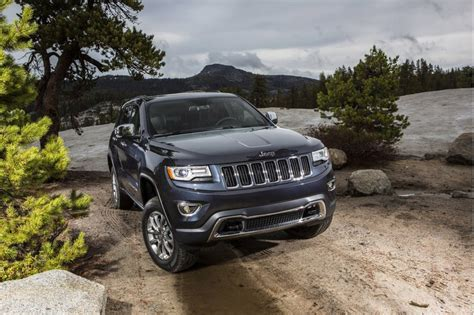 dodge jeep 2014 2011 2014 jeep grand cherokee dodge durango recalled for