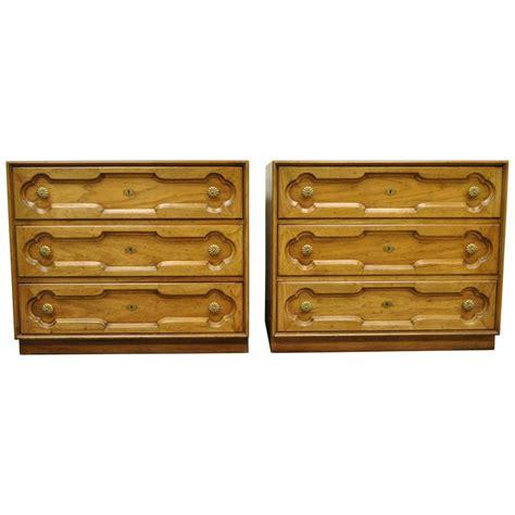 pair of drexel heritage regency bachelor chest bedside commode dresser for sale at 1stdibs