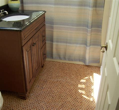 Eco friendly Cork flooring in bathroom   HomesFeed