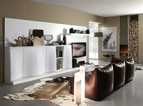 dekoartikel luxus dekoartikel im luxus wohnzimmer wei 223 er schrank mit einem